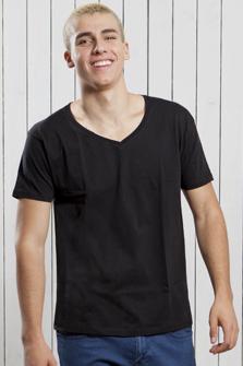 Camiseta JHK cuello pico
